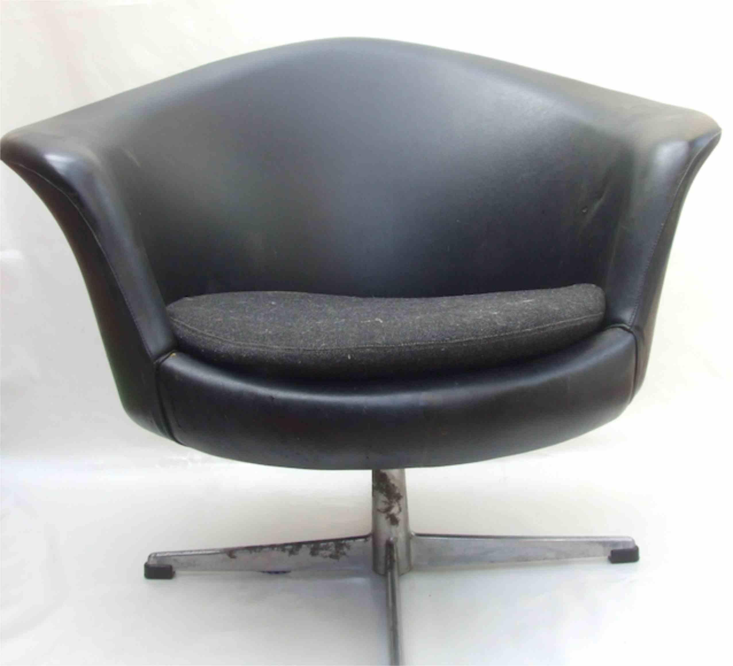 1960s Tub Chair with Swivel Base Maud ChairsMaud Chairs