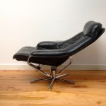 Vintage Danish Leather Recliner and Foot Stool - 4